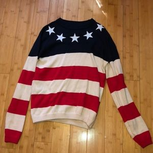 Sweaters - Sweater
